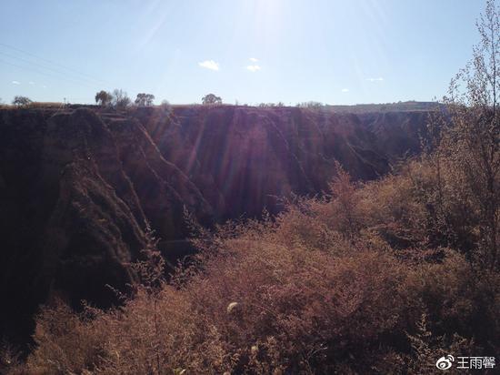 典型的黄土沟壑