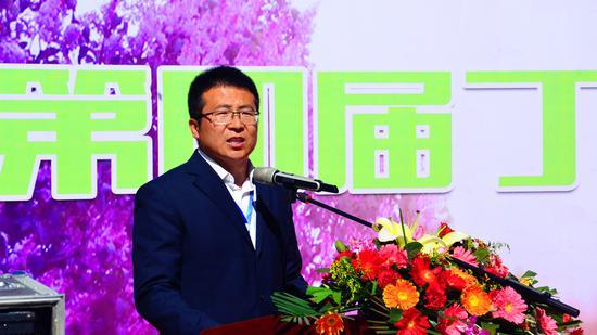 龙山文管所负责人葛海江发表讲话