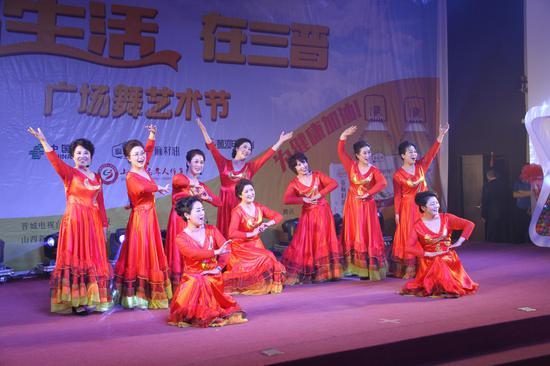 山西省老体协小合唱《微山湖》