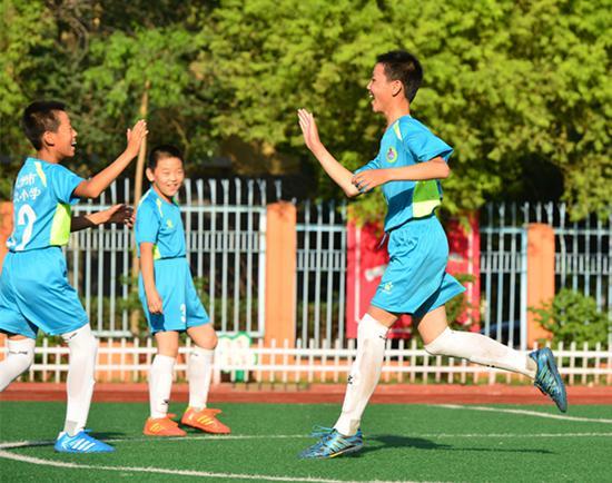 足球小将展风采