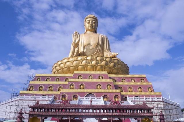 山西建世界最大铜坐佛 高88米8年尚未完工