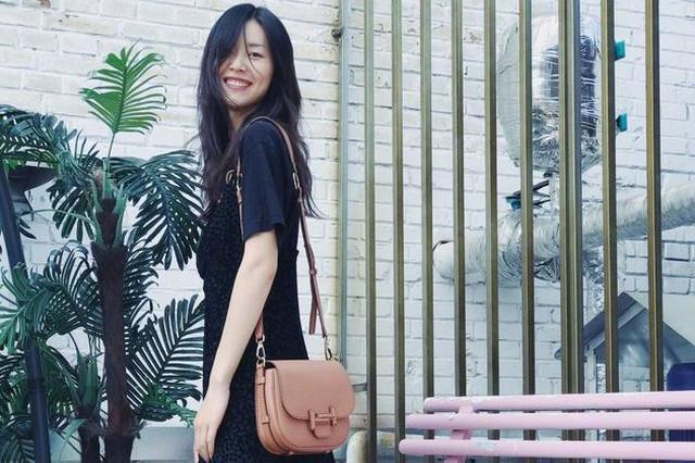 和刘雯欧阳娜娜学穿all black时髦翻倍