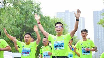 2017太原国际马拉松赛火热龙城