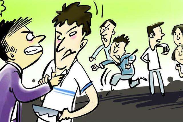 """太原:因女同学被打 """"仗义""""小伙持电警棍助阵被拘"""