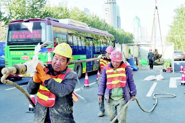 太原迎泽大街设立轨道交通勘测点 为明年开工做准备