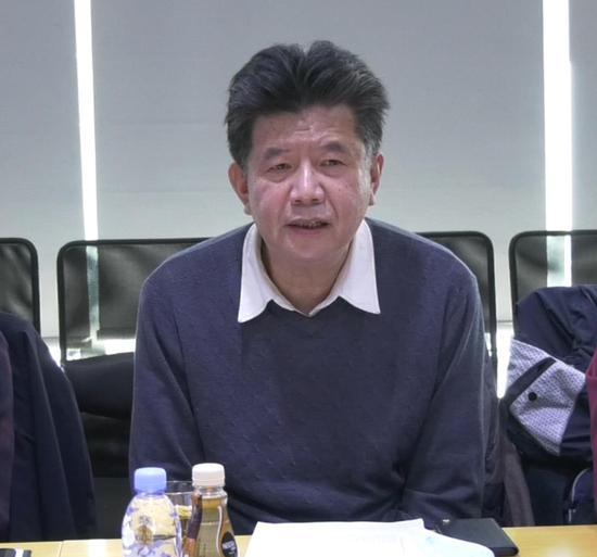 徐晋平:山西省美术家协会副主席 、大众书画院副院长