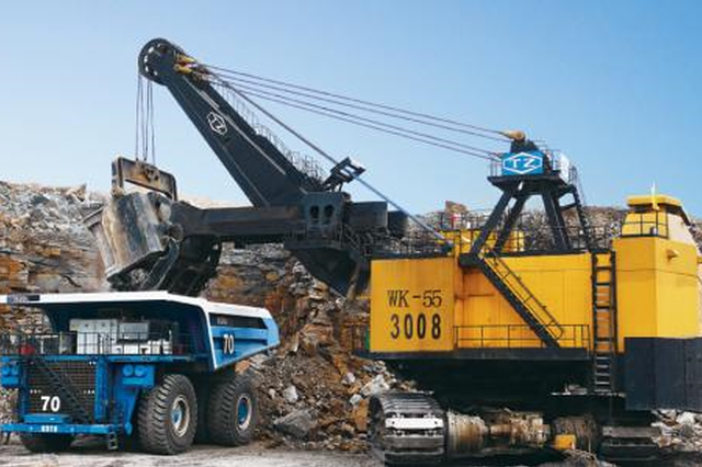 太重出口俄羅斯第15臺大型挖掘機啟程