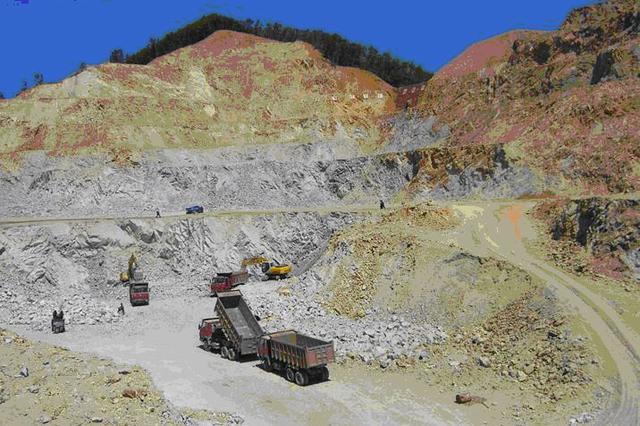 灵丘打掉一特大盗窃矿产资源犯罪团伙 查获53吨矿石