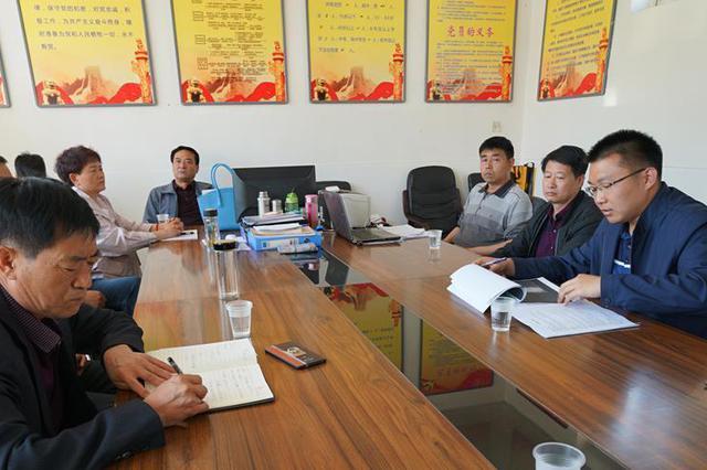 山西省委党建工作领导小组负责同志走访慰问基层党员