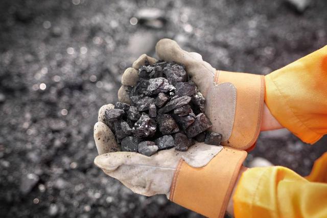 """煤省山西今年""""减煤依旧"""" 退出煤炭产能2745万吨"""