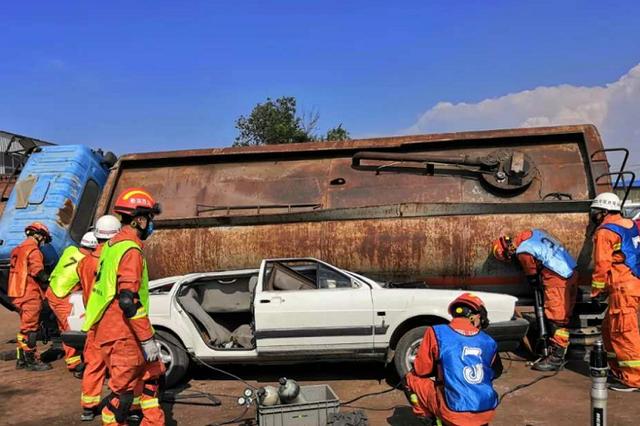 吕梁消防救援支队开展培训强化应急救援队伍建设