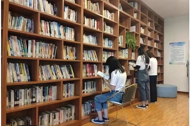 山西省图书馆服务窗口全面恢复开放