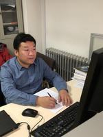 在枯燥的生物数学中开出花来——记山西大学复杂系统研究所教授孙桂全