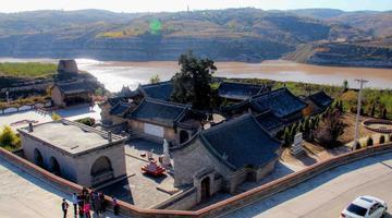 黄河边上有个遥远的护宁寺