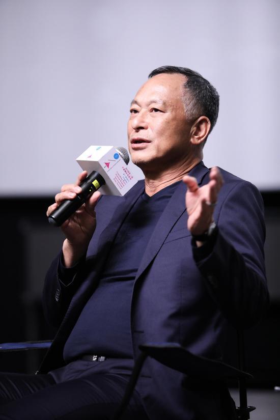 著名导演杜琪峰。
