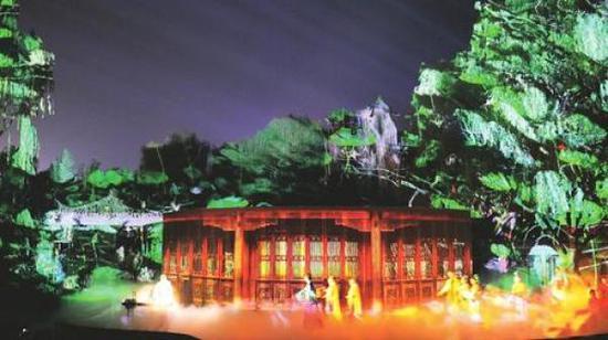国内首部明清院落大型实景融入演出《再回相府》赋予了景区更厚重的文化内涵和更持久的发展力。首席记者 栗美霞 摄