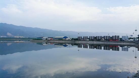 山西天空之镜 运城盐湖 摄影:郝智祥