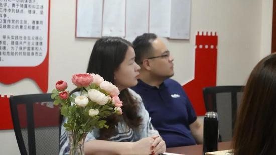 竞价代运营哪家便宜:山西微博商学院丨走进京师太原律师事务所