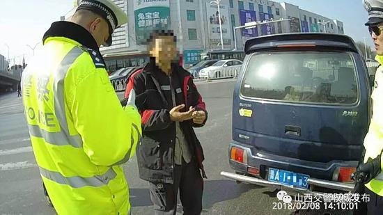 民警执法记录仪视频截图