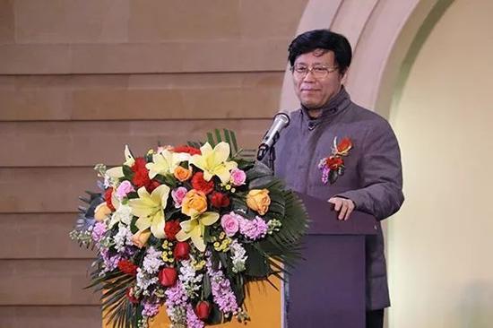 山东省美术家协会常务副主席孔维克致辞