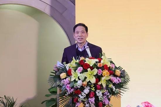 陕西省文联党组书记、驻会副主席吴丰宽致辞