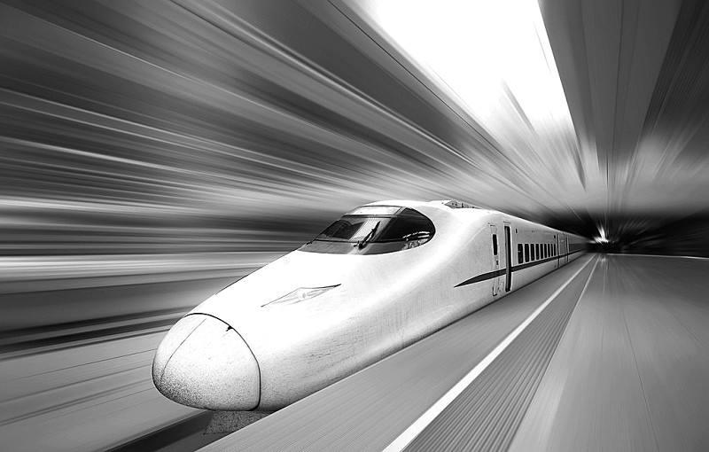 深圳往返武汉航班、高铁将恢复