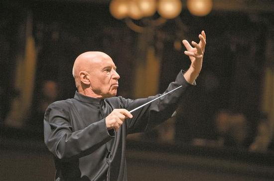 ▲?#36125;?#25351;挥巨擘克里斯托夫·艾森巴赫,将来深执棒德国西南德广播交响乐团。
