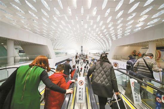 ▲深圳机场去年实现旅客吞吐量4934.9万人次。