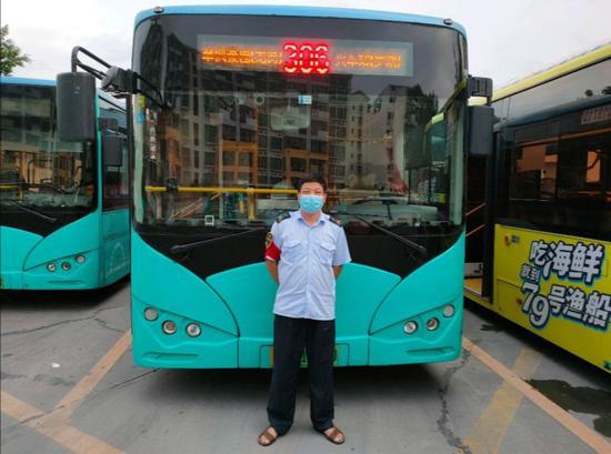 306线驾驶员陈忠福