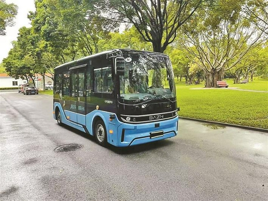 5G无人驾驶游览车将于本月在莲花山公园启用。