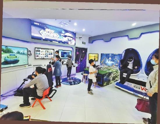 ▲=位于下沙KK ONE的VR游戏体验馆。
