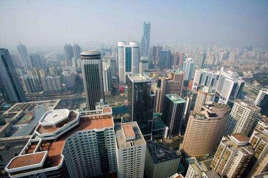 深圳楼市:年内成交同比大幅萎缩 新房均价下行12个月