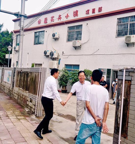 """百色市委常委、副市长李联成到鼎新文旅调研""""余屋花卉小镇""""项目"""