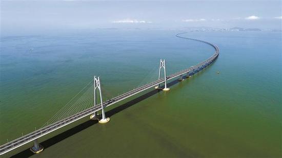2018年7月11日无人机拍摄的港珠澳大桥。新华社 发
