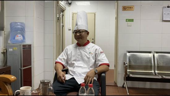 湖北大厨最想学会客家话。