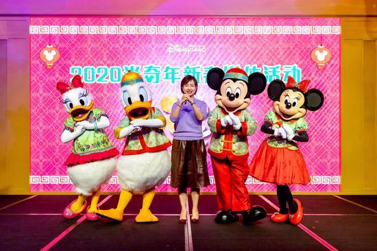 香港迪士尼乐园度假区传讯及公共事务副总裁黎珮珊