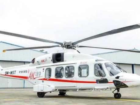价值近2亿元直升机已飞抵深圳