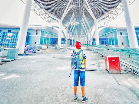 """超级工程""""外衣""""长啥样 记者带你走进深圳新会展"""