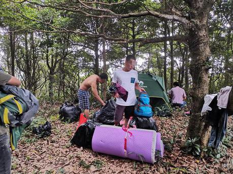 小梧桐山林中惊现飞线走私 5名嫌疑人已被警方控制
