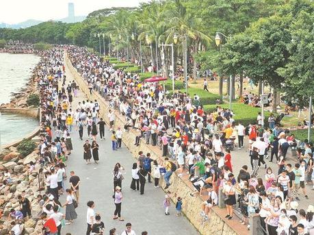 深圳公园接待400余万人次