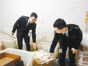 深圳查获近年来最大牛百叶非法添加双氧水窝案