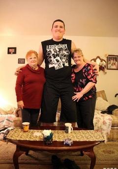 男孩高2米3将破世界纪录