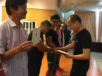 市民中心广场街头艺人证颁发