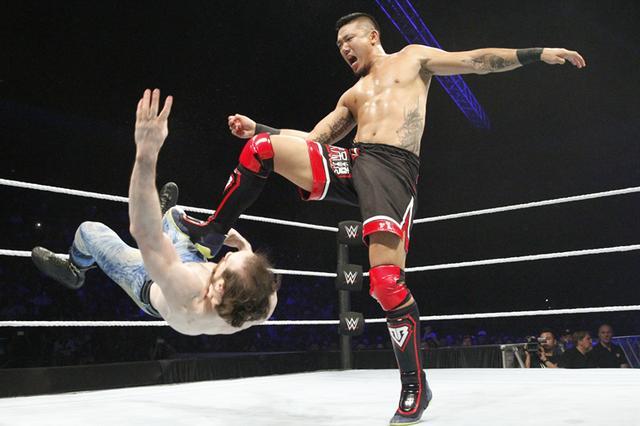 WWE超级巨星携美国经典职业摔跤娱乐秀首登深圳