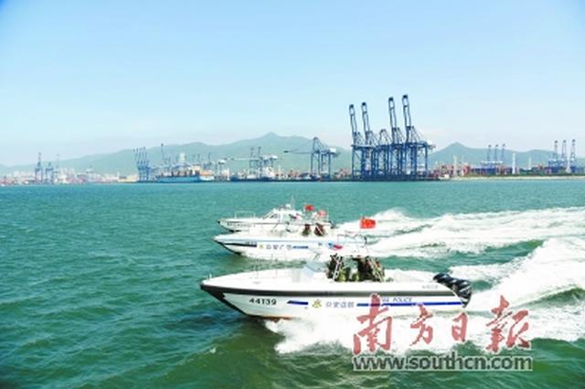 深圳香港警方开展海上反偷渡联合演练