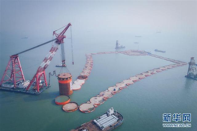 深中通道将建世界首例双向八车道海底沉管隧道