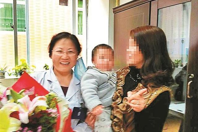 """妙手""""送子""""点燃家庭梦想 龙岗医生钻研中医妇科25年"""