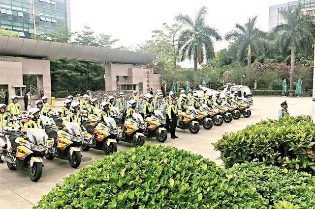 宝安交警大队107(临时)中队成立 107国道宝安段有了护航队