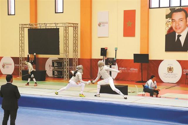 中国队首金 世界中学生运动会深外学子夺男子重剑冠军