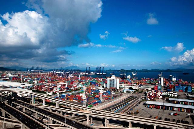 深圳港整合先行一步 深港组合港雏形已现